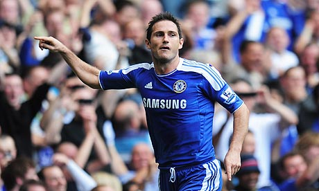 Frank Lampard celebrates scoring the penalty that put Chelsea 2-1 up against Norwich