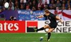 Jonny Wilkinson kicks a penalty attempt