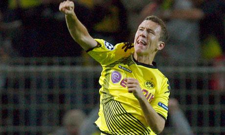 Borussia Dortmund's Ivan Perisic celebrates
