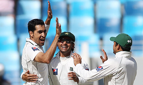 Umar Gul and Pakistan celebrate