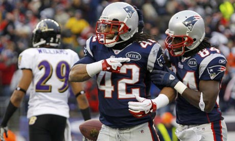New England Patriots running back BenJarvus Green-Ellis scores vs. Baltimore Ravens