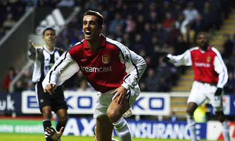 Edu celebrates scoring for Arsenal against Newcastle in March 2002