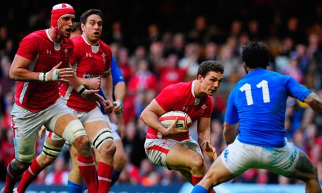 George North on the attack against Italy