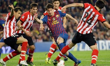 دل بوسكي لم ينجح بتقديم موعد النهائي Lionel-Messi-006.jpg