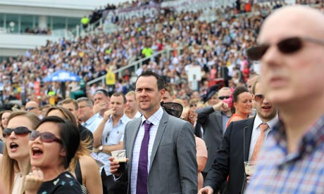 Epsom crowd