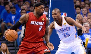 LeBron James of Miami Heat vs Kevin Durant of Oklahoma City Thunder