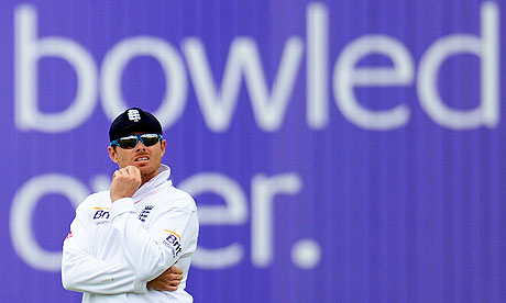 Ian Bell ponders that drop