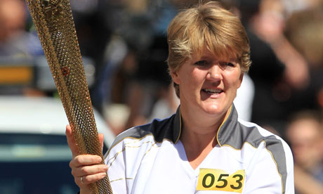 Clare Balding carries the Olumpic flame