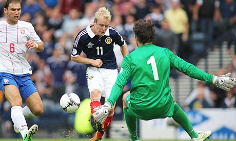 Steven Naismith misses against Serbia