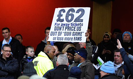 Manchester City fans protest about ticket prices