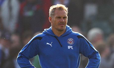 Brad Davis' future at Bath is unclear