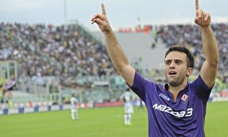 Gazetta - Fiorentina. Giuseppe-Rossi-celebrates-011