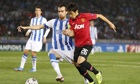 Shinji Kagawa, tussels with Mikel González during Manchester United's draw with Real Sociedad