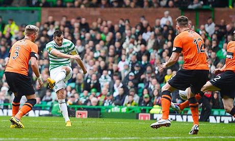 Celtic's Joe Ledley scores against Dundee United Scottish Premier League