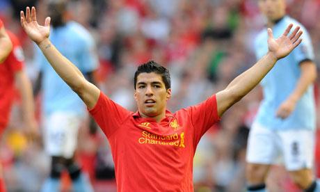 Luis Suárez celebrates a goal for Liverpool v Manchester City