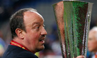 Rafael Benítez with the trophy after Chelsea's victory over Benfica in the Europa League final.
