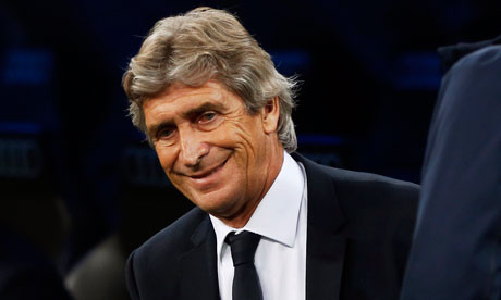 Manchester City tell Manuel Pellegrini 'win five trophies in five years'