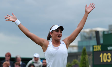 Azarenka, Sharapova advance; Errani ousted at Wimbledon