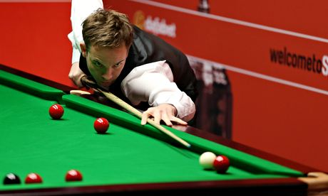 Ali Carter at world snooker championship