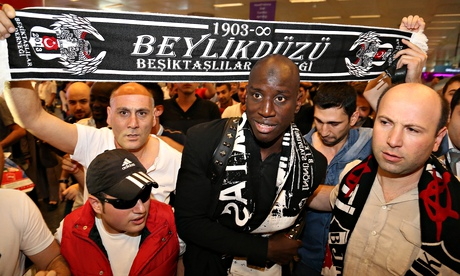 Besiktas in talks with Chelsea over the transfer of Demba Ba