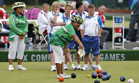 Lawn bowls generation game gets Glasgow 2014 under way with a bang  | Andy Bull