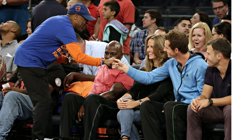 Andy Murray greets Spike Lee