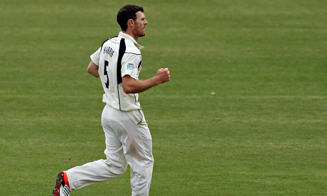 James Harris takes nine wickets in Middlesex's crushing defeat of Durham