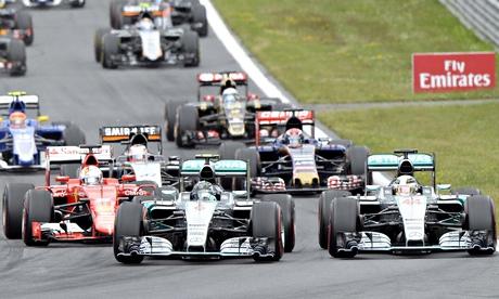 Nico Rosberg seizes Austrian F1 GP from Lewis Hamilton at first corner
