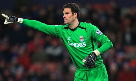 Chelsea confirm £8m signing of goalkeeper Asmir Begovic from Stoke