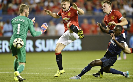 Louis van Gaal tells Manchester United board to sell David de Gea – reports