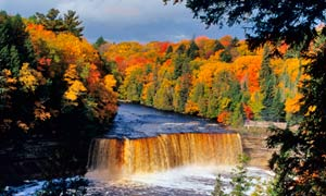 Upper Tahquamenon Falls, Michigan, in autumn