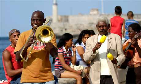 Musicians on the Malecon Havana