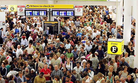 Queue à l'aéroport