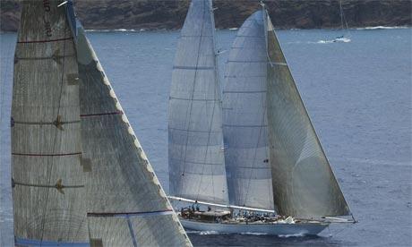 Schooner yacht