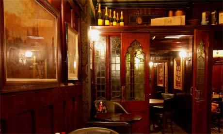 Fox and Anchor pub, London