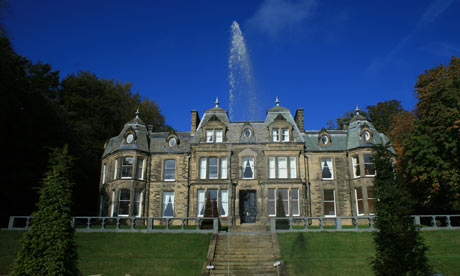 The Chateau and Wye House, Peak district