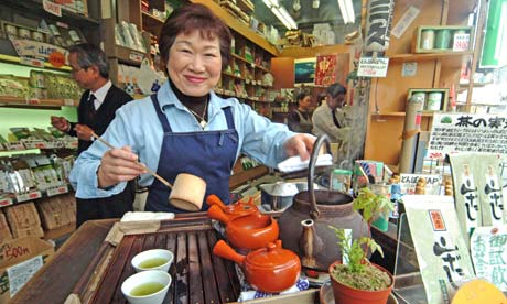 Green tea stall in Tokyo's Tsukiji Fish Market
