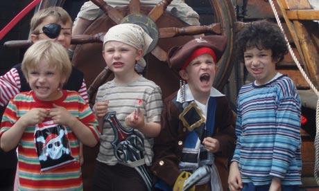 Shipmates on the Golden Hinde, London