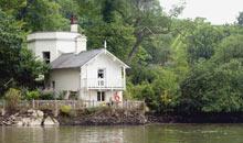 Georgian bathing house, River Dart