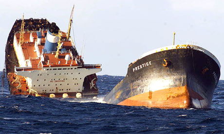 The-Prestige-oil-tanker-d-006.jpg