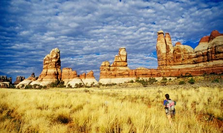 Hiking in Chesler Park, Canyonlands national park, Utah