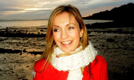 Cara Dillon, singer