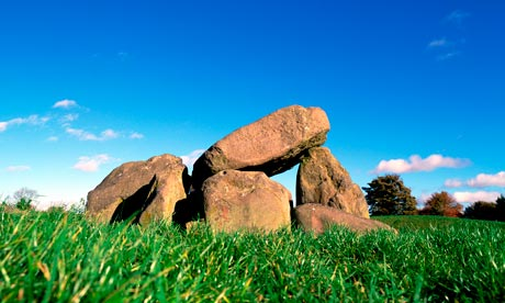 The Giant's Ring | Neolithic Henge & Dolmen in Northern Ireland | Megalithomania Giants-Ring-Belfast--008