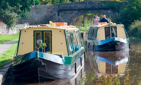 Narrowboats on the Monmouthshire and Breconcanal, Llangattock