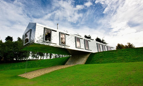 Uk holiday homes with grand designs travel the guardian for Grand designs hotel