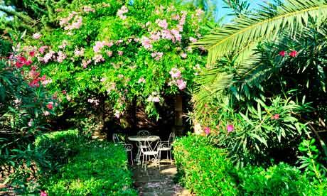 Garden at Biniarroca Hotel Menorca