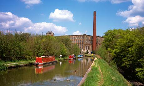 Cheshire Bollington narrowboats on Macclesfield Canal
