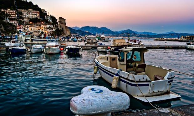 Italian cuisine the amalfi coast 39 s great fish pasta for Amalfi coast cuisine