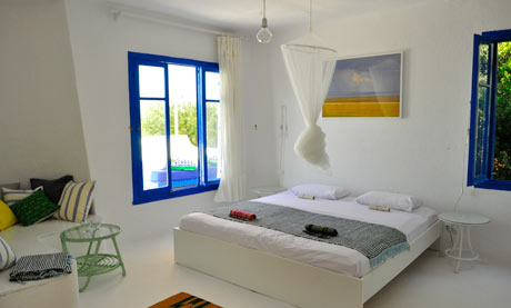 Greece 39 S Silver Island Sunshine And Solitude On An