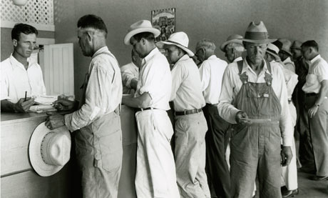 Farmers stand in line to pick up their benefit cheques. Kaufman County ...